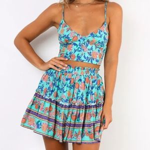Dresses & Skirts - Floral Boho crop top and ruffled mini
